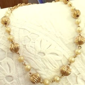 15 inch fluted gold bead pearl chain choker 1960s